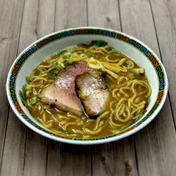 画像1: 青森長尾中華そば(4食入・醤油スープ) ご当地ラーメン(常温保存) (1)